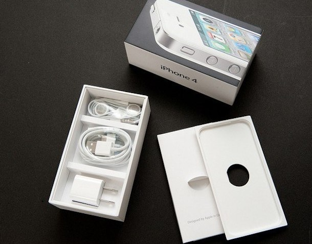white iphone 4 in china case