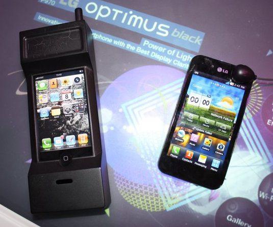 retro-iphone-vs-android