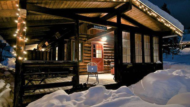 macbook-pro-wood-cabin