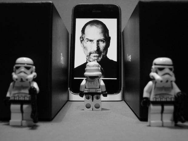 steve-jobs-lego-stormtroopers