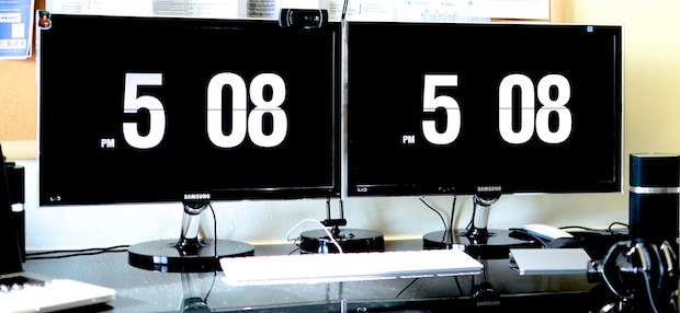Mac Pro with Flip Clock Screensavers