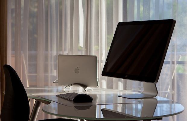 MacBook Air and Thunderbolt display