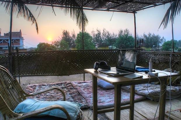 MacBook Pro roof desk in Goa, India