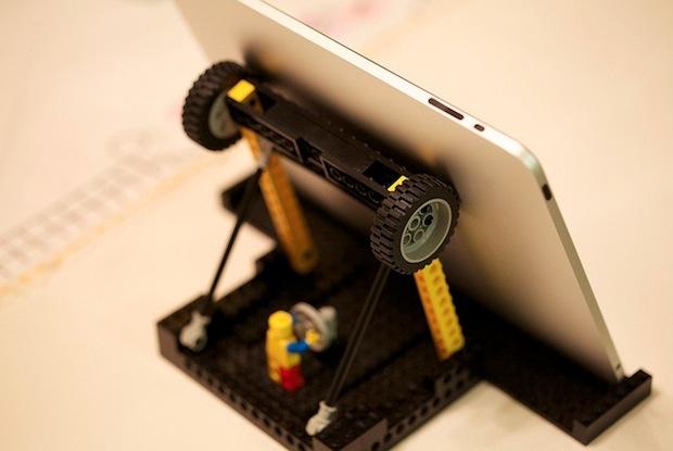 DIY Lego iPad stand