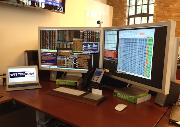 Mac equities trader desk