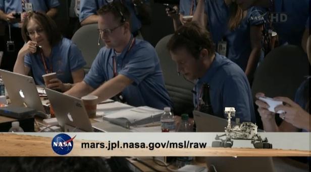 NASA MSL team and MacBook Pros