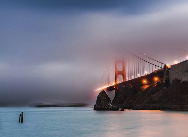 Foggy golden gate bridge wallpaper