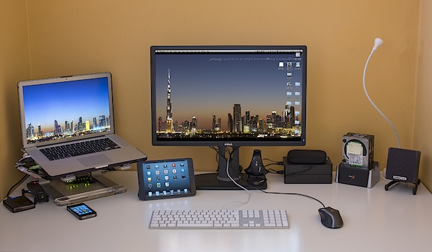 Mac photographers desk setup
