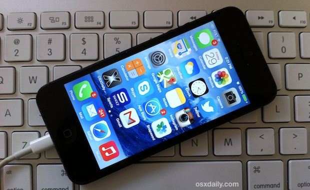 Stop the resizing of wallpapers in iOS 7