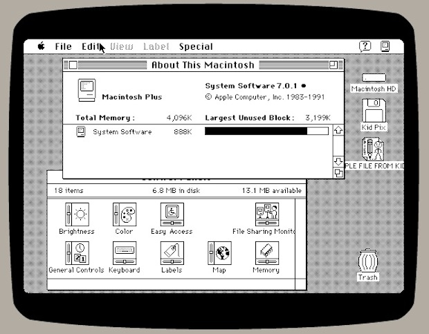 Mac Plus emulator screen shot