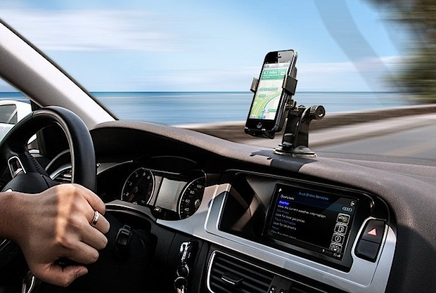 iPhone car dash mounted for navigation