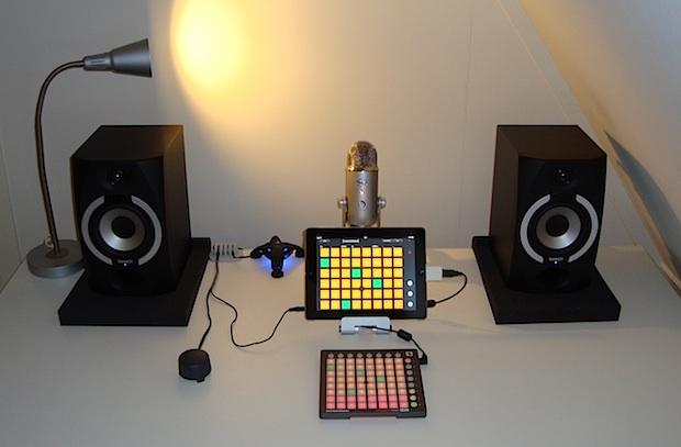 ipad-minimalist-music-studio-setup