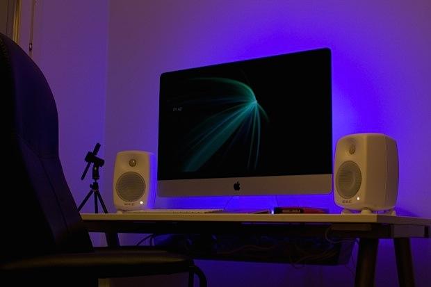 iMac setup of a vlogger