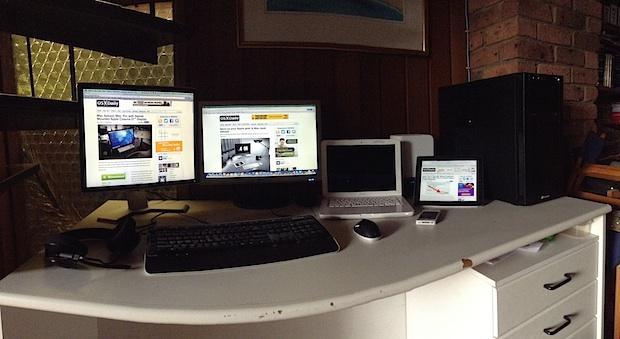 Full Hackintosh & MacBook desk setup