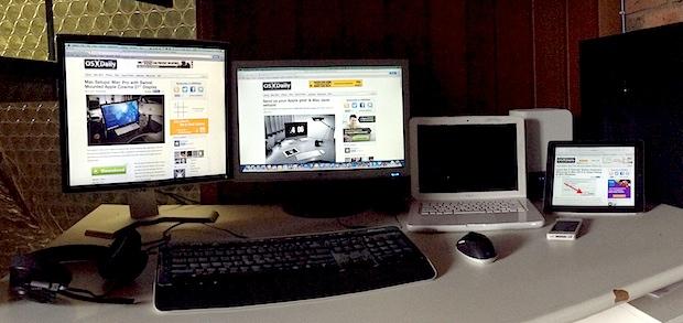 Hackintosh Mac desk setup
