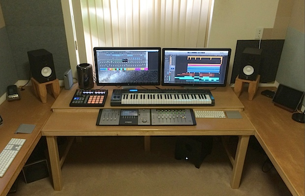 Music producer Mac Pro desk setup