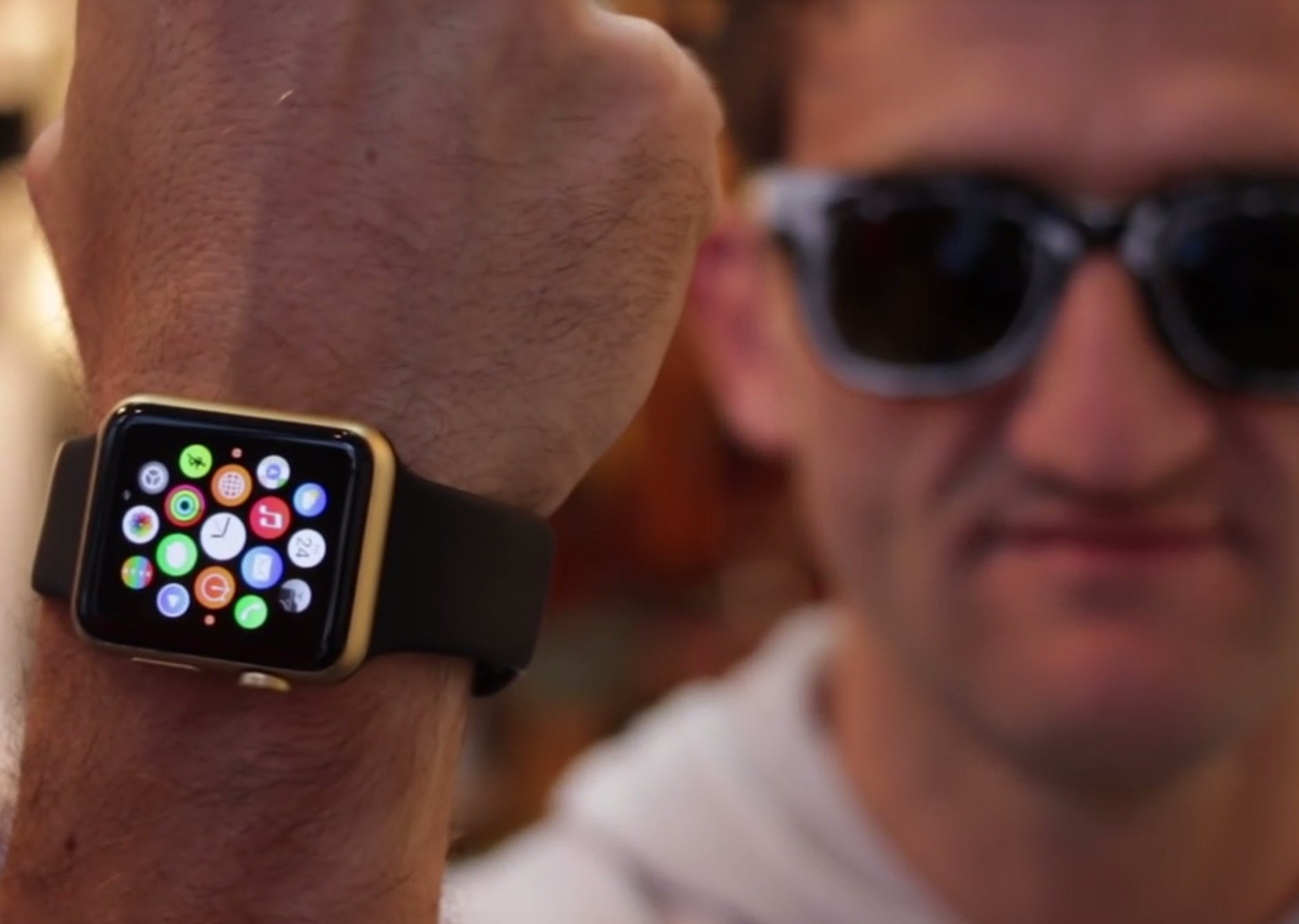 Gold Apple Watch Edition, well, sort of... thanks to spray paint