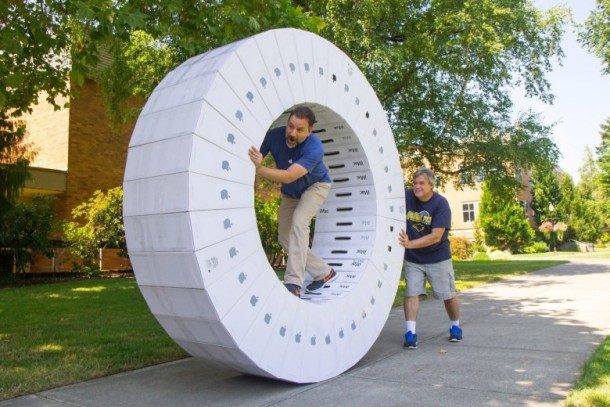 iMac box hamster wheel