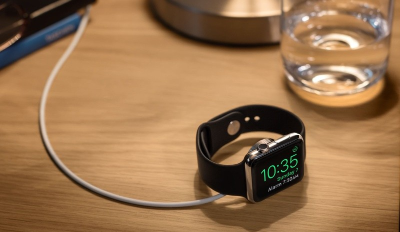 Apple Watch in Nightstand Mode