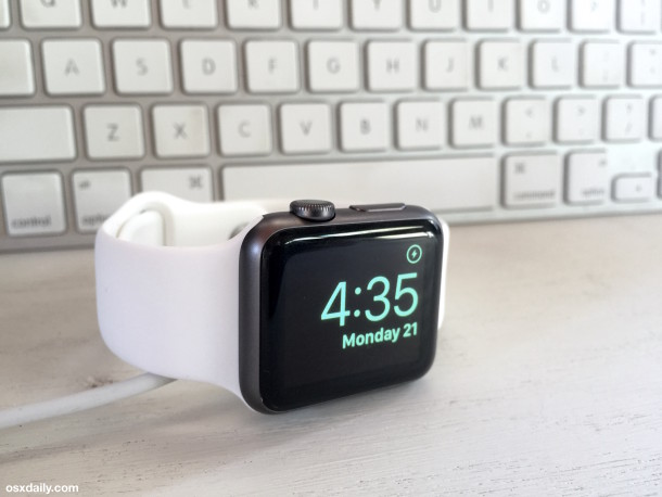 Using Nightstand Mode on Apple Watch