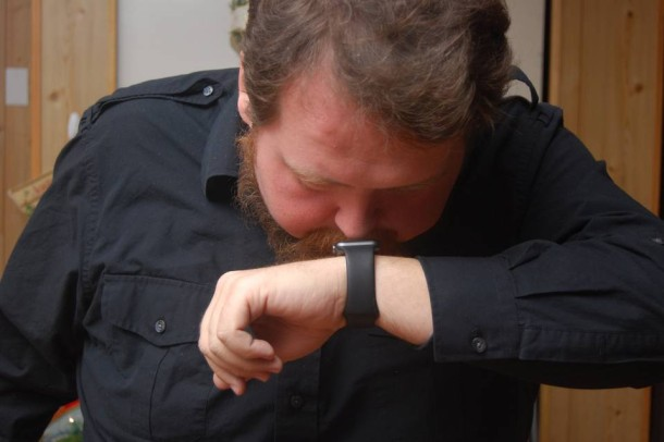 Using a nose to interact with Apple Watch