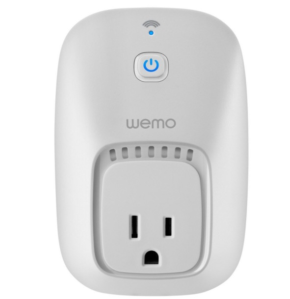 wifi-connected-electric-outlet