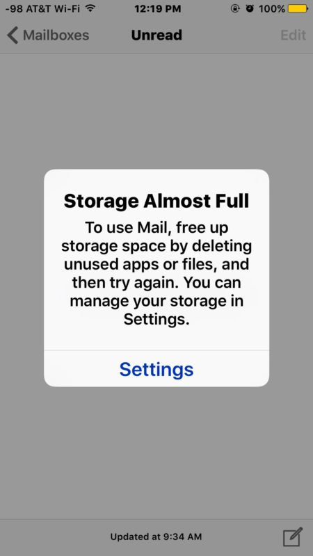 Storage almost full to use mail free up storage space by deleting stuff iOS error message